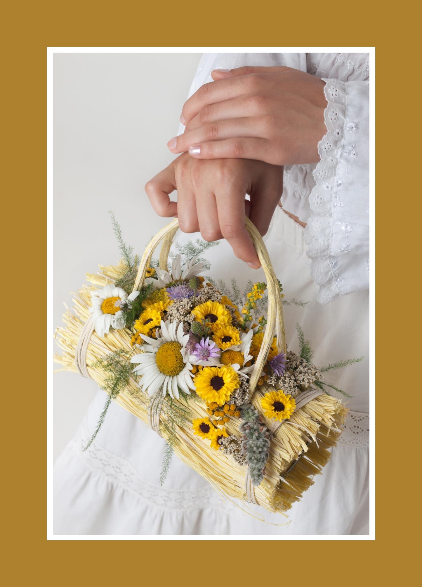 Der extravagante Brautstrauß in Gelb, Weiß, Violett mit viel Grün