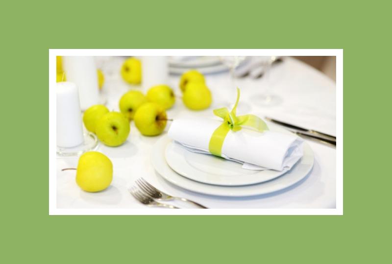 Apfelgrüne Tischdeko