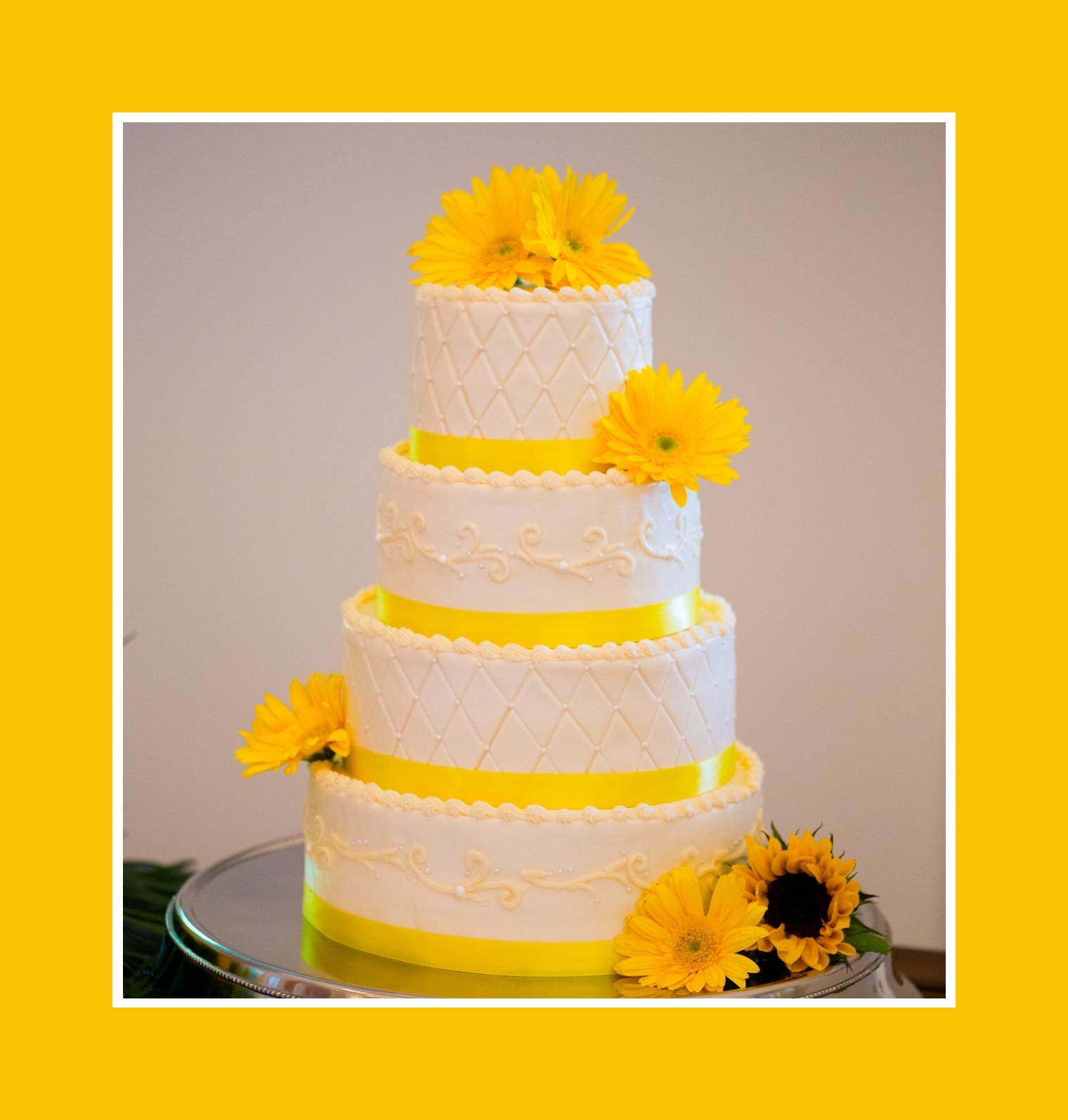 Hochzeitstorte Deko Sonnenblume Pictures to pin on Pinterest