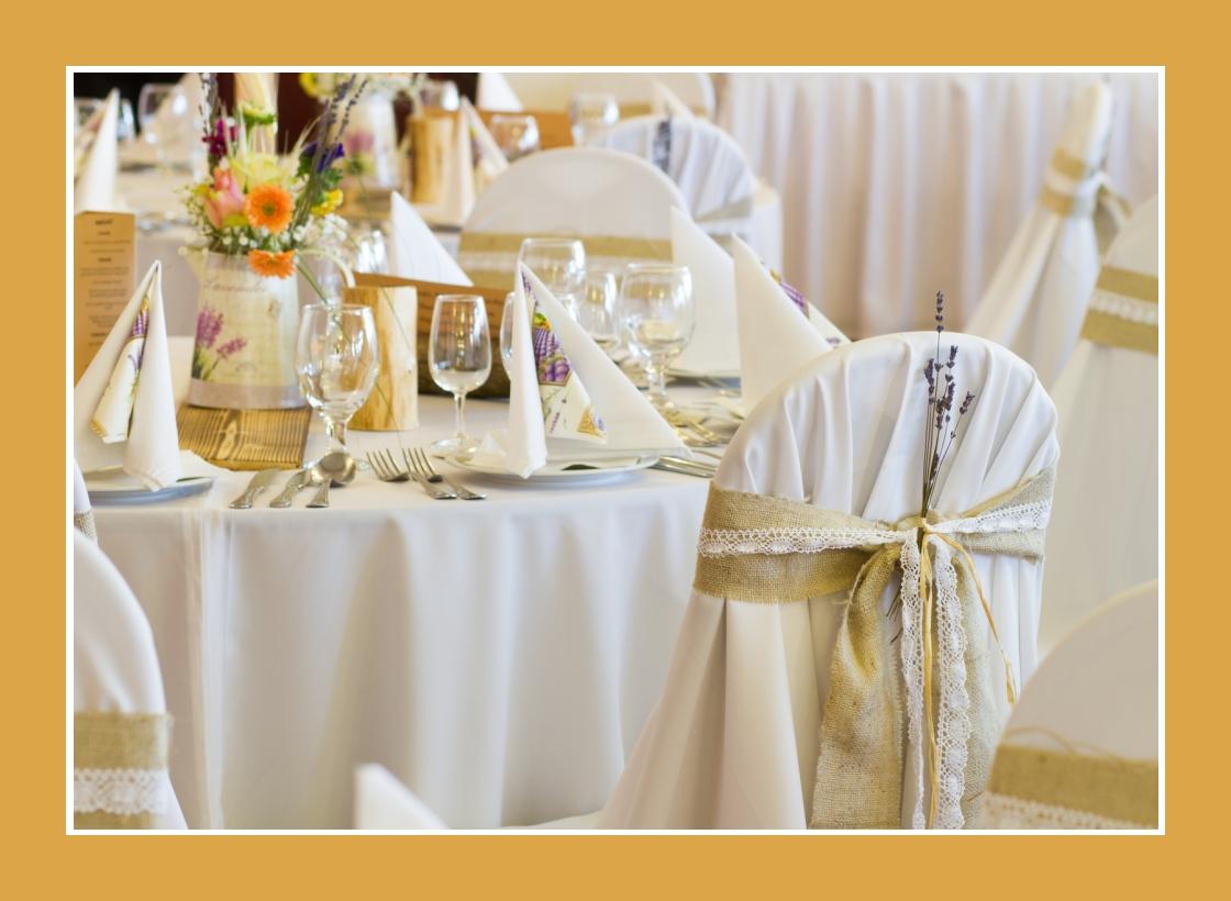 Hochzeitsdeko mit Elementen des Rustik und Provence Stils