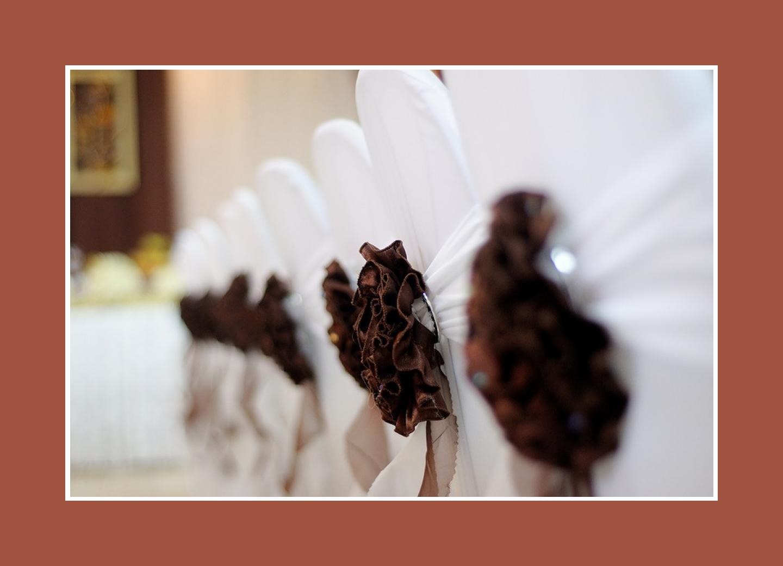 Stoffblumen für die Stuhlhussen